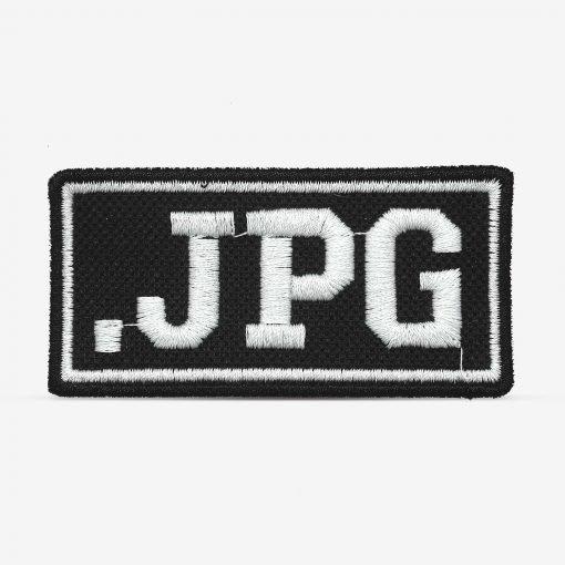 """Patch Bordado """".jpg"""" designer, com termocolante 7,3x3,7cm da PATCH GANG"""