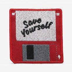 """Patch Bordado Disquete computador escrito """"Save Yourself"""", com termocolante 6,5x6,2cm da PATCH GANG"""